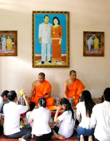 Ondertussen in Cambodja: 3 x noodhulp & 3 x familie