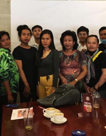 Battambang: ziekenbezoek; vrijwilligerstraining
